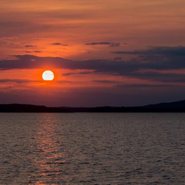 Sunset on the Ottawa River at Esprit Point