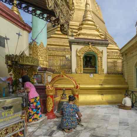 worship at Sule Paya