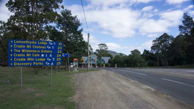 approaching the junction of C136 and C132