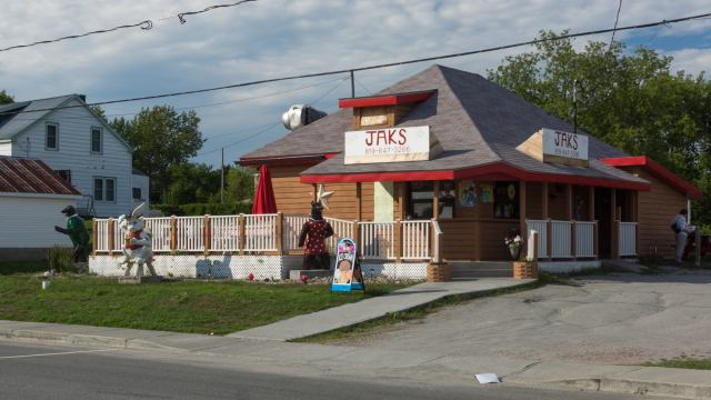 Jaks - the place to go for fast food in Portage du Fort
