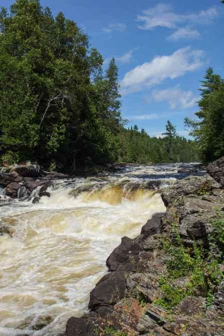 le-chute-perley-2-km-below-les-cascades-du-batardeau