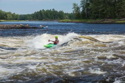 play boats looking for wave action at McKay Chutes bottom