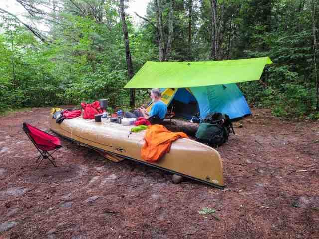 Rapides Enragés cap site - tent up by 2 p.m.