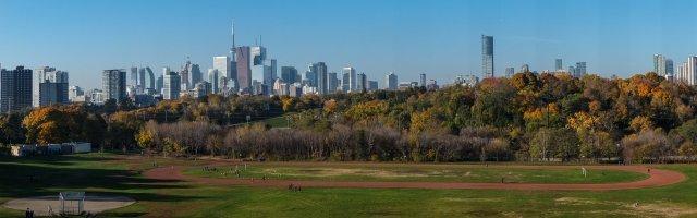 Downtown Toronto skyline from Broadview Avenue