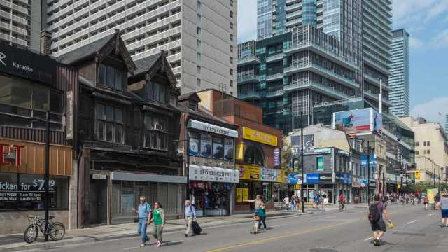 a-stretch-of-heritage-yonge-street