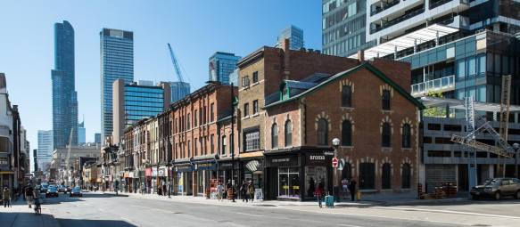 another-block-of-vintage-yonge-street-north-of-college-st