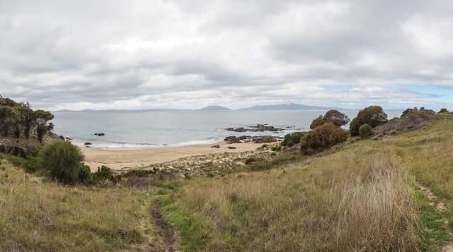 path to the beach east coast Tasmania near Swansea