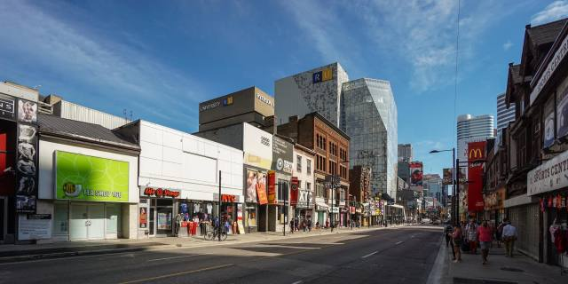 Yonge Street north of the Ryerson Student Learning Center