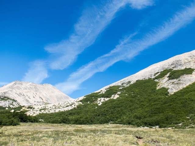 wispy clouds in the valley below Cerro Negro