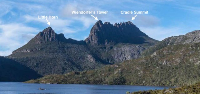 view-of-dove-lake-and-cradle-mountain-from-the-trailhead