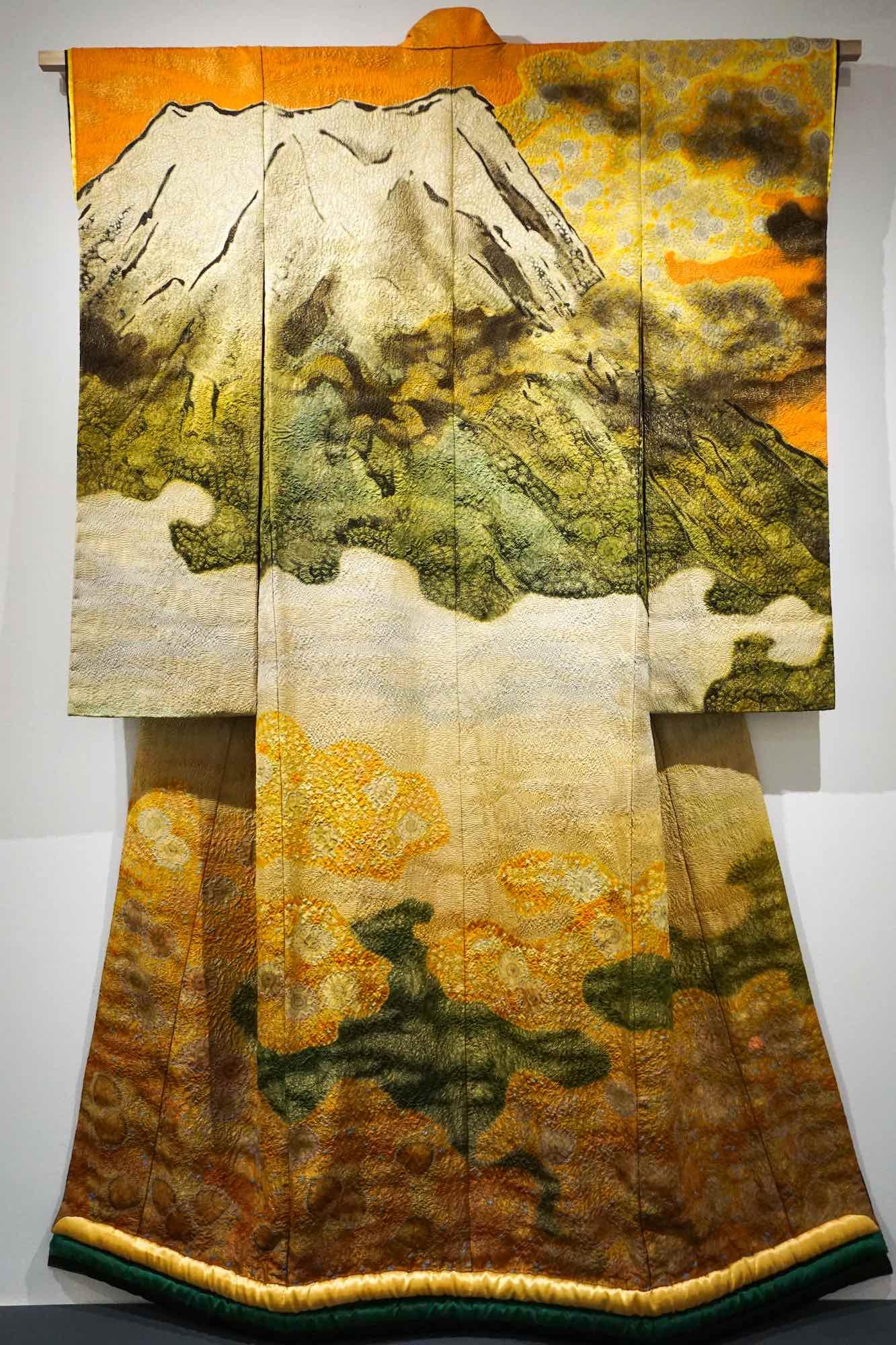 The Itchiku Kubota Kimono Exhibit At The Textile Museum of Canada in ...